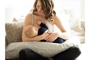 Medela Schwangerschafts- und Stillkissen + Ultimate BodyFit Bra